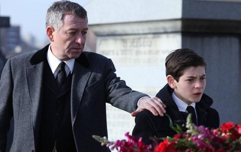 'Gotham' excites fans with early days of Bruce Wayne
