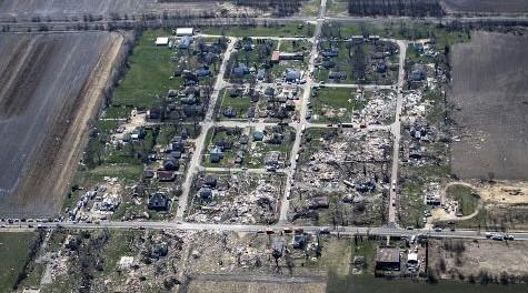 Massive tornado destroys rural Illinois towns