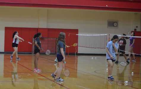 Badminton intramural welcomes all students