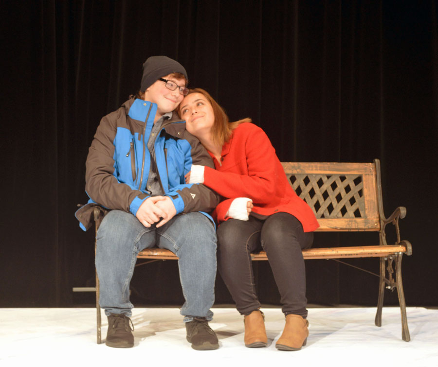 Two+actors+from+Palatine%27s+fall+play%2C+Almost+Maine+