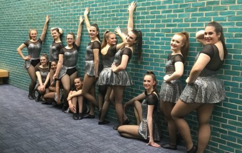 Palatine poms prepare for competitive dance season
