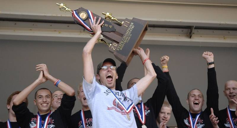 Chris+Quick+celebrates+State+Championship+win+for+boys+cross-country+in+2011