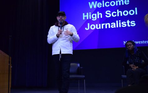 Kevin Coval speaks to high school journalists.