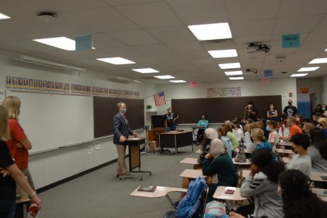 US Representative Sean Casten speaks to PHS students about a variety of current issues. The Pirates & Politics club invited Casten to visit on Sept 7, 2021.